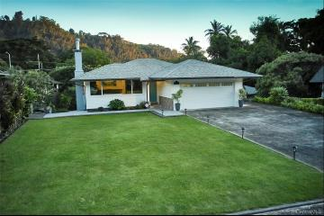 15-A Country Club Road, Honolulu, HI 96817