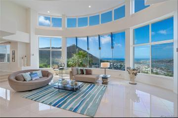 114 Hanohano Place, Honolulu, HI 96825