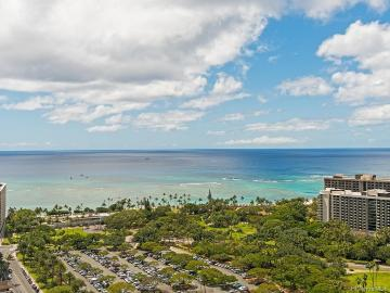 383 Kalaimoku Street, 3206, Honolulu, HI 96815