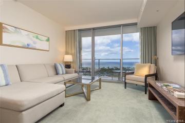 383 Kalaimoku Street, E2009 (Tower 1), Honolulu, HI 96815