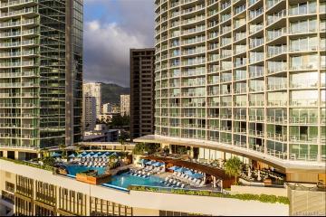 2139 Kuhio Avenue, PH-D, Honolulu, HI 96815