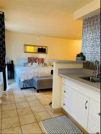 2450 Prince Edward Street, 908A, Honolulu, HI 96815