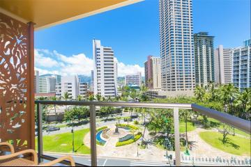 2045 Kalakaua Avenue, 417, Honolulu, HI 96815