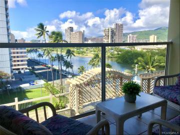 445 Seaside Avenue, 702, Honolulu, HI 96815
