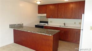 1687 Pensacola Street, 504, Honolulu, HI 96822
