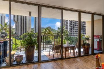 250 Ohua Avenue, 6D, Honolulu, HI 96815