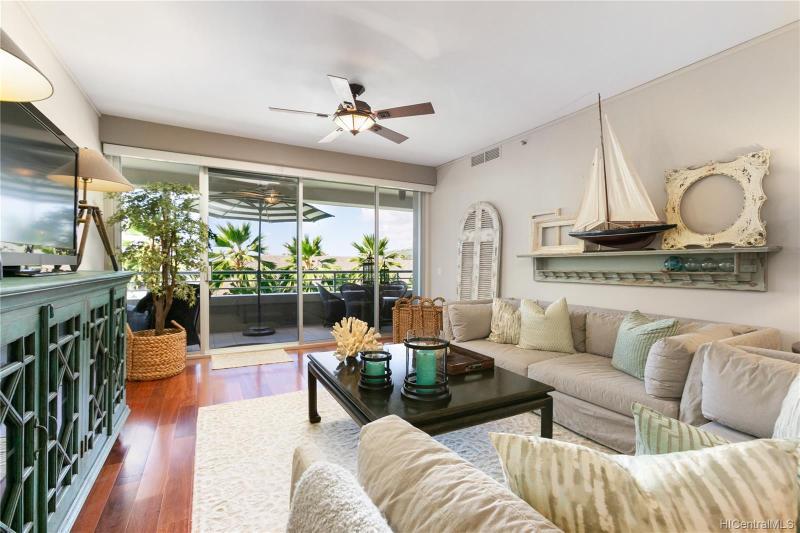 1 Keahole Place, 1405, Honolulu, HI 96825