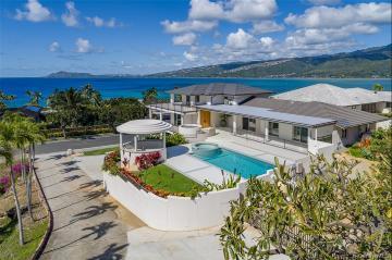 4 of bedrooms 4 of bathrooms Luxury Listing in Hawaii Kai