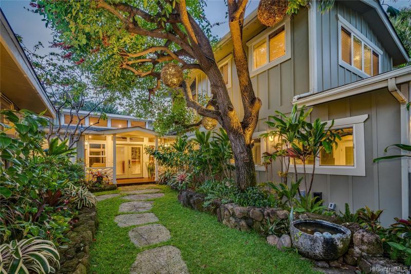 55 Nawiliwili Street, Honolulu, HI 96825