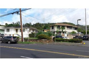 2420 School Street, Honolulu, HI 96819