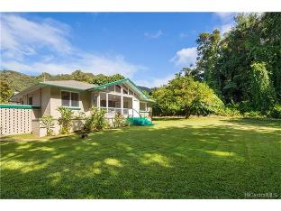 3761-A Old Pali Road, Honolulu, HI 96817