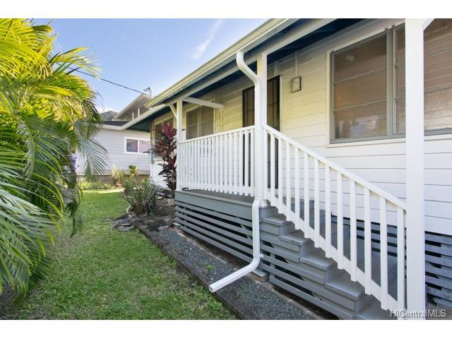 2445 10th Avenue, Honolulu, HI 96816