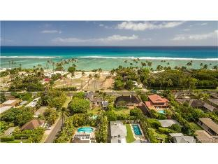 4585 Kahala Avenue, Honolulu, HI 96816