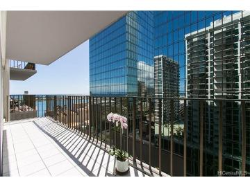 225 Queen Street, 17C, Honolulu, HI 96813