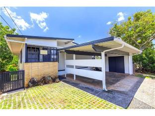 461 Halapia Place, Honolulu, HI 96817