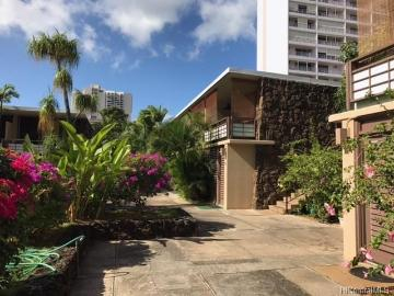 1700 Makiki Street, 112, Honolulu, HI 96822