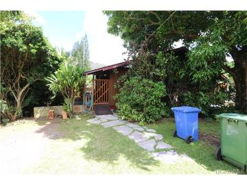 3031 Manoa Road, Honolulu, HI 96822