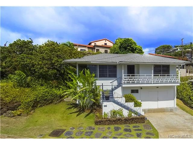 1569 St Louis Drive, Honolulu, HI 96816