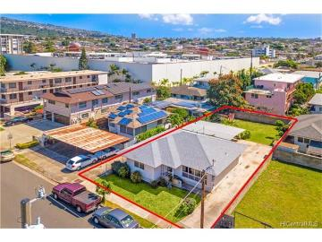 813 Lukepane Avenue, Honolulu, HI 96816
