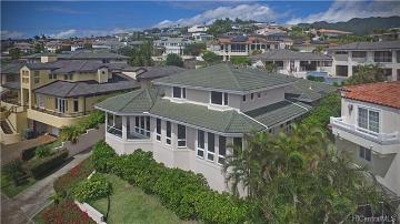 88 Moaniala Place, Honolulu, HI 96821
