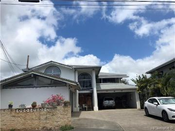 816 Lopez Lane, Honolulu, HI 96817