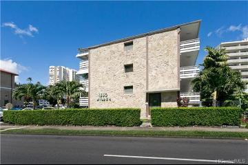 1330 Wilder Avenue, 221, Honolulu, HI 96822