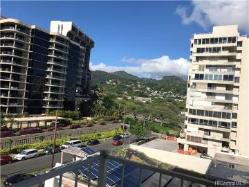 1069 Spencer Street, 605, Honolulu, HI 96822