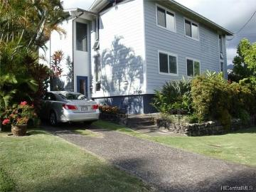 2726 Manoa Road, Honolulu, HI 96822