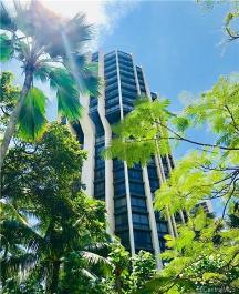 300 Wai Nani Way, II411, Honolulu, HI 96815