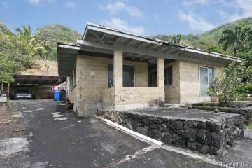3048 Holua Place, Honolulu, HI 96819