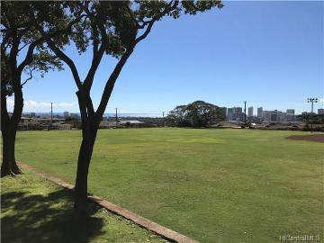 713 12th Avenue, Honolulu, HI 96816