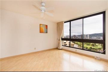 300 Wai Nani Way, 2-2114, Honolulu, HI 96815