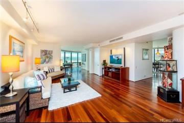 66 Queen Street, PH4102, Honolulu, HI 96813