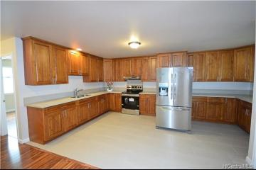 2325 Ahe Street, Honolulu, HI 96816