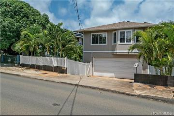 747 18th Avenue, Honolulu, HI 96816