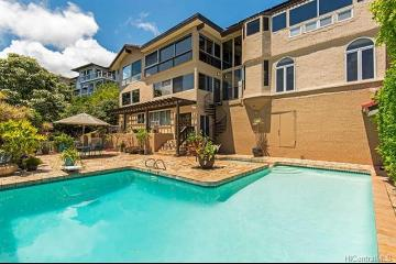 5388 Poola Street, Honolulu, HI 96821