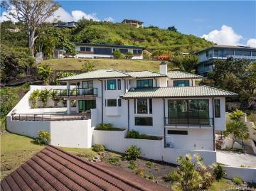 2324 Mamane Place, Honolulu, HI 96822