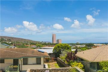 1253 Ekaha Avenue, Honolulu, HI 96816