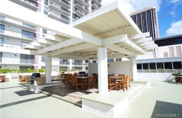 225 Queen Street, 11G, Honolulu, HI 96813