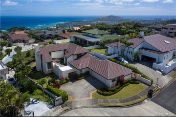 2063 Omea Place, Honolulu, HI 96821