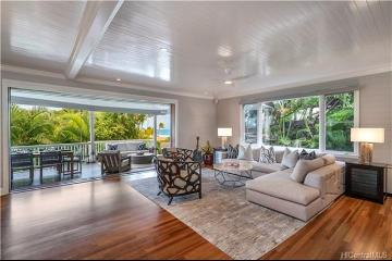 132 Royal Circle, A, Honolulu, HI 96816
