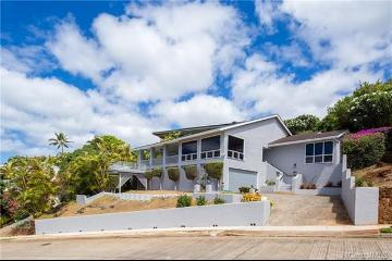1716 Nalulu Place, Honolulu, HI 96821