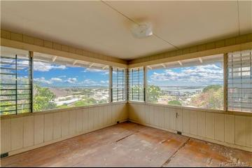 99-561 Aiea Heights Drive, Aiea, HI 96701