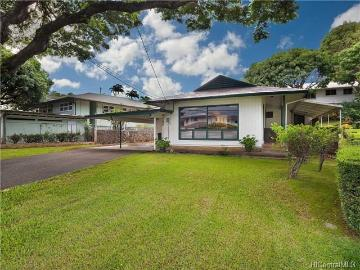 2525 Alaula Way, Honolulu, HI 96822