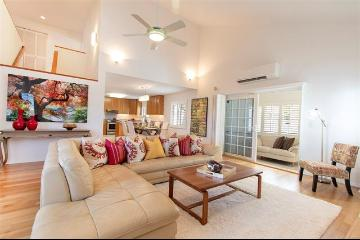 1806B1 Palolo Avenue, Honolulu, HI 96816