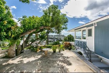 2128 Mason Place, Honolulu, HI 96817