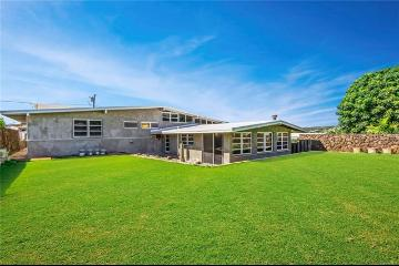 4320 Palahinu Place, Honolulu, HI 96818