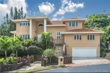 5608 Poola Street, Honolulu, HI 96821