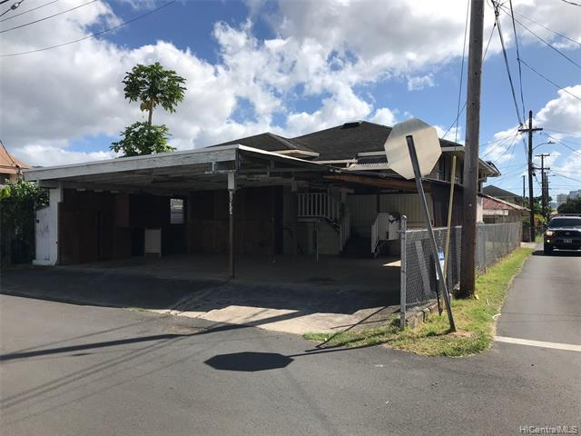 1033 Kama Lane, Honolulu, HI 96817