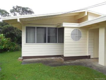 3413 Peneku Place, Honolulu, HI 96822